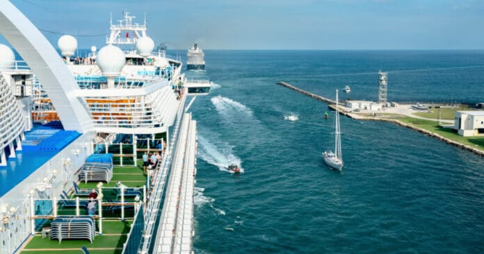 Cruise Ships Departing Fort Lauderdale