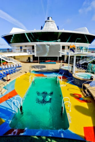 Radiance of the Seas Swimming Pool