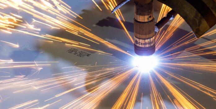 P&O Arvia Steel Cutting