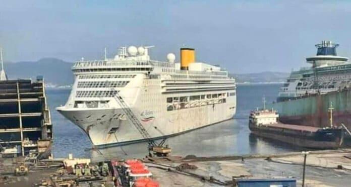 Costa Victoria Beached in Turkey