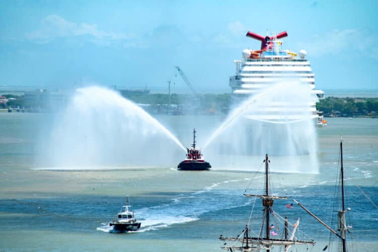 Carnival Vista arriving in Galveston