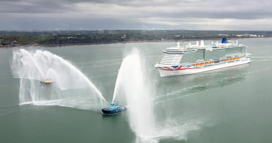 P&O Iona Arrives in Southampton