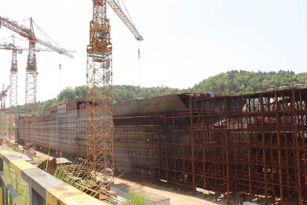Titanic replica construction