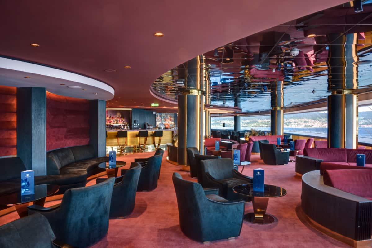 MSC Meraviglia Top Sail Lounge