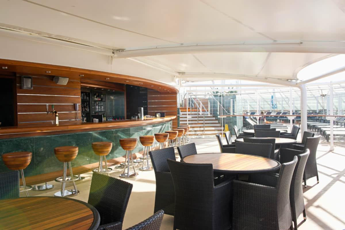 MSC Divina Yacht Club Bar