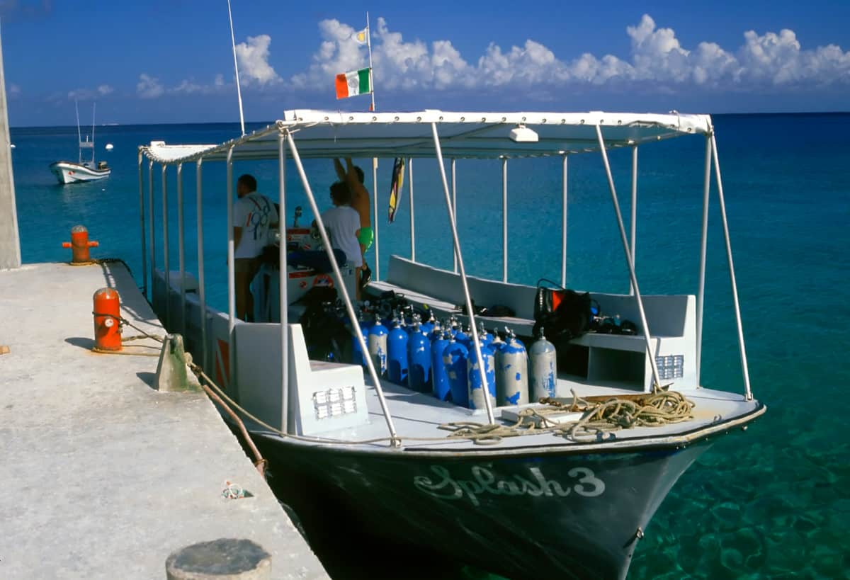 This Cozumel dive boat