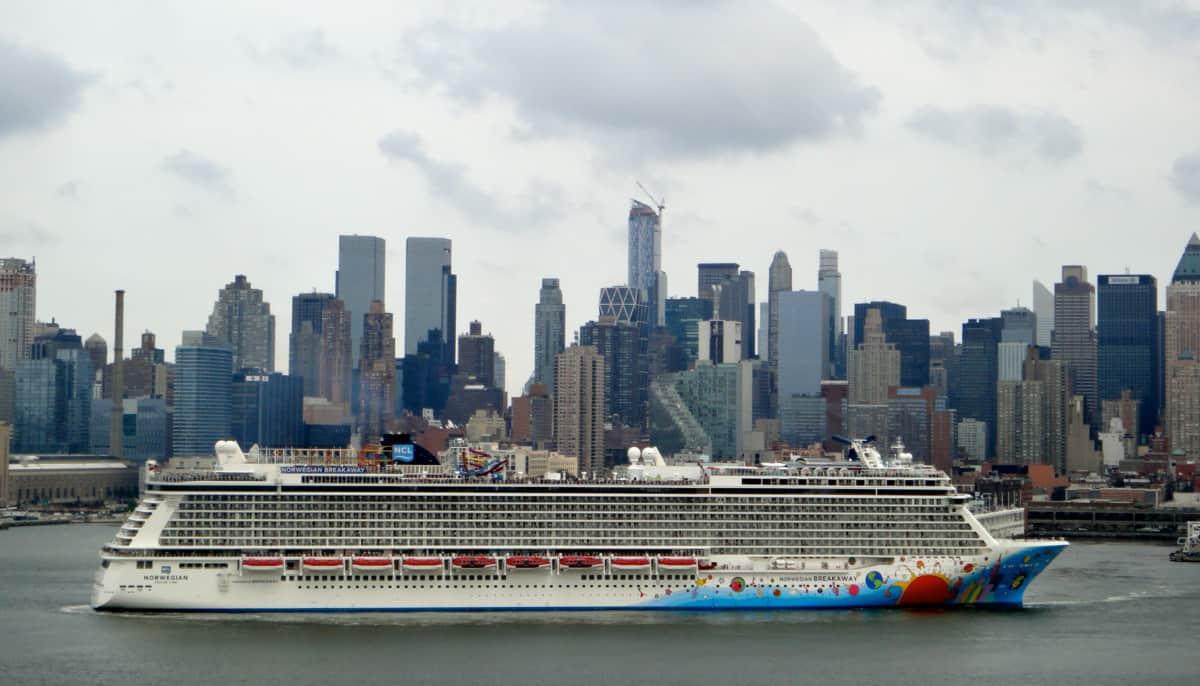 Norwegian Breakaway in New York