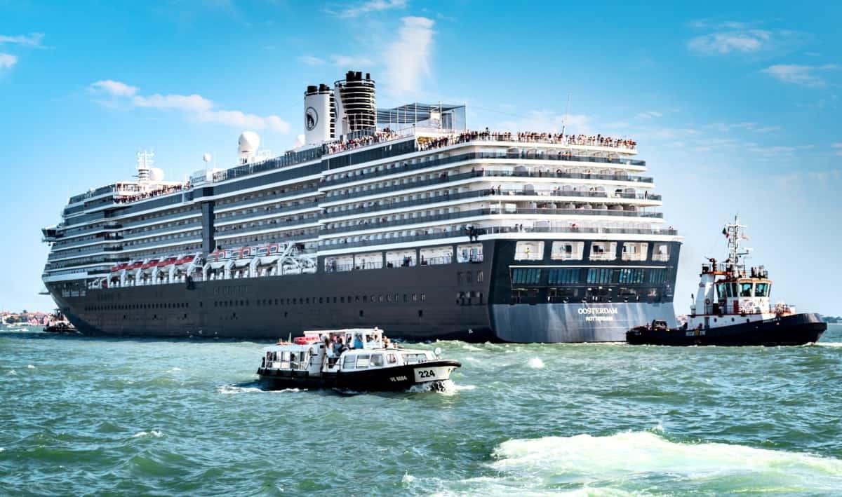 Oosterdam Cruise Ship
