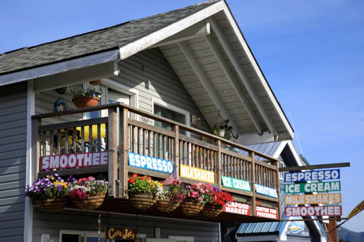 Shop and Bar in Seward